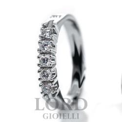 Anello Donna Riviera in oro Bianco con  Cinque Diamanti ct. 0,25 - Davite & Delucchi